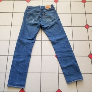 Levi's 501 red tab